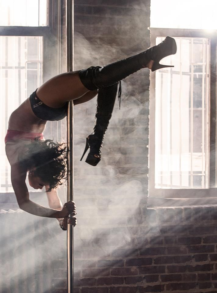 Pole Picture of the Day: @Kellee Charles Photo by Drew Xeron (DX Photography)