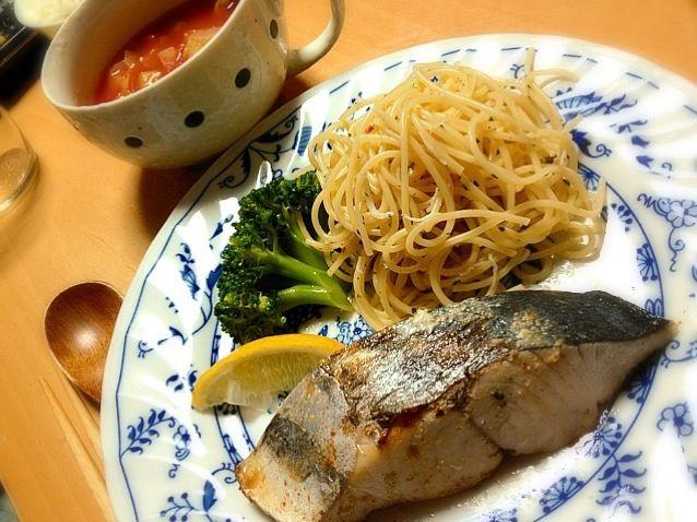 晩ご飯 - 5件のもぐもぐ - トマト野菜スープ、鰆ソテー、しらすペペロンチーノ by seabreeze