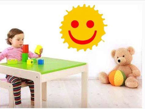Wandtattoo: Smile  Mit unserer tollen Fenster Dekor-Folie als wunderschöne Dekoration für die Fenster im Kinderzimmer geeignet.