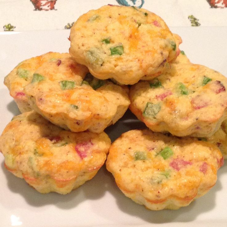 """Need breakfast ideas that are low carb, quick, and easy to take """"to go""""? Keep out of those drive thru lines with this low carb favorite.  PIN IT!  http://www.asimplelowcarblife.com/recipes/mini-ham-and-cheese-quiches.html"""