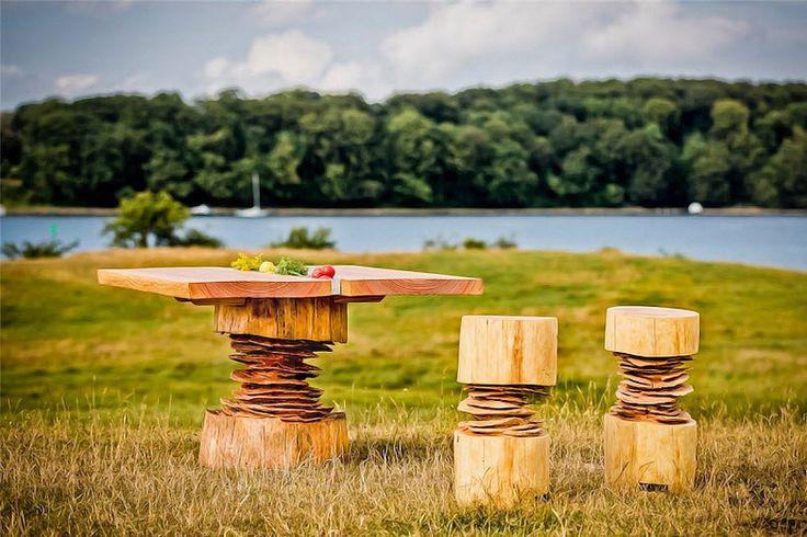 bente hovendal sculpts woodnwonder furniture in denmark