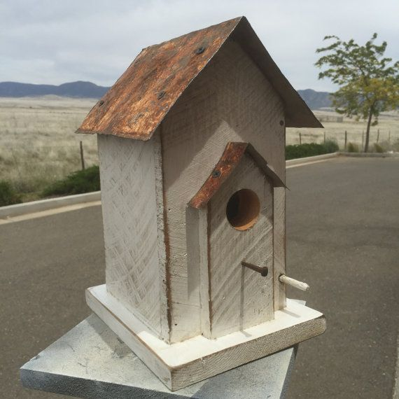 1000 ideas about wooden bird feeders on pinterest bird for Primitive house plans