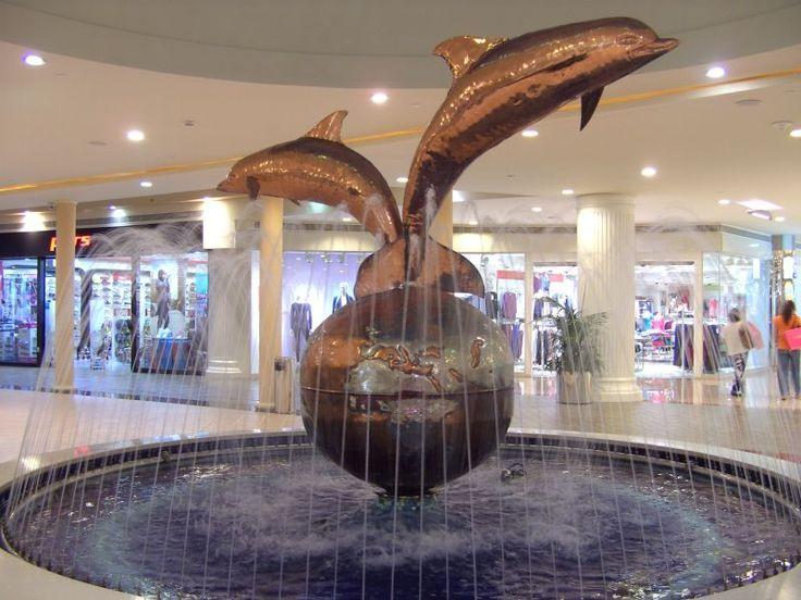 Delphine fountain- Marine mall- Abu Dhabi