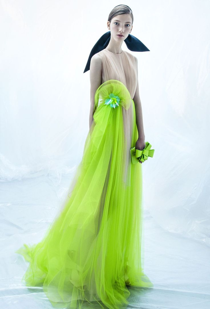 What can be more contrasting between nude and neon? But this gown is ethereal and fairy-like.