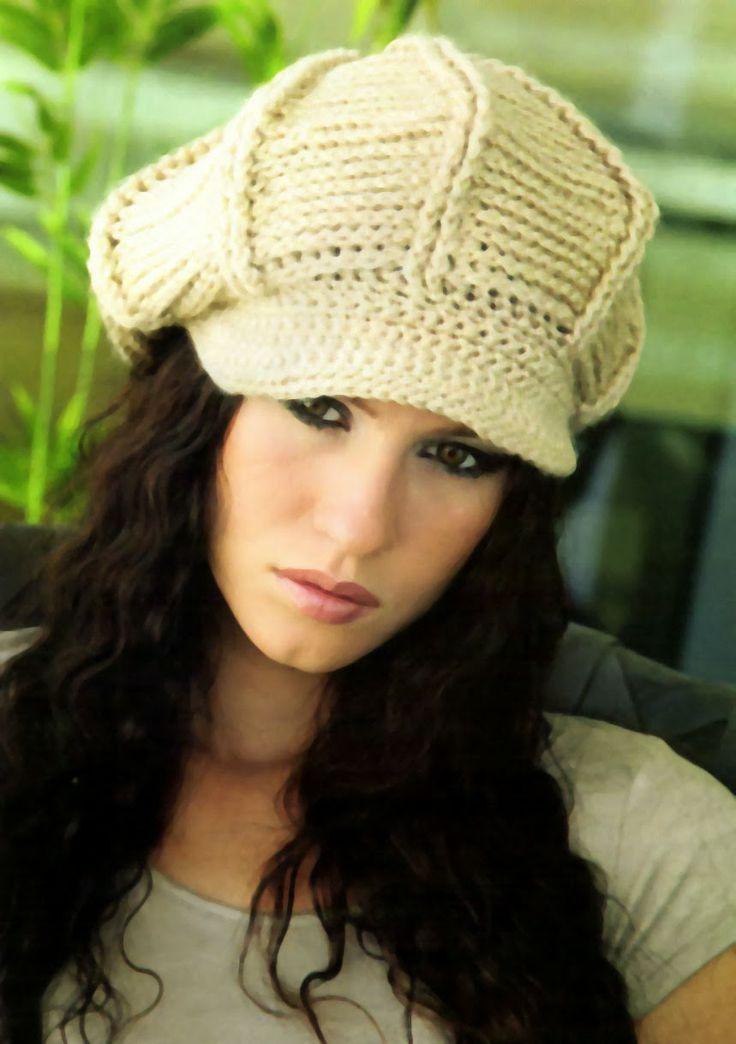tejidos artesanales en crochet: gorra con visera en tono natural tejida en…