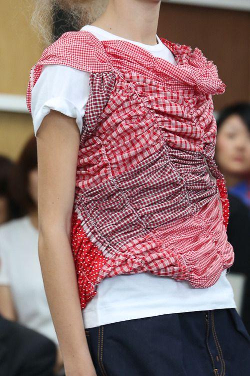 COMME des GARÇONS 2013春夏コレクション | Fashionsnap.com