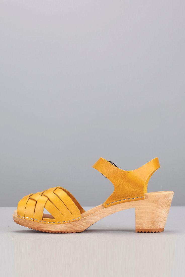 Leon & Harper - Sandales cuir moutarde semelle bois Stockholm AS02