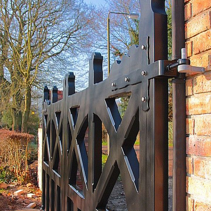 Check out these gorgeous Accoya wooden gates from Wooden Gate Timber Products, UK.