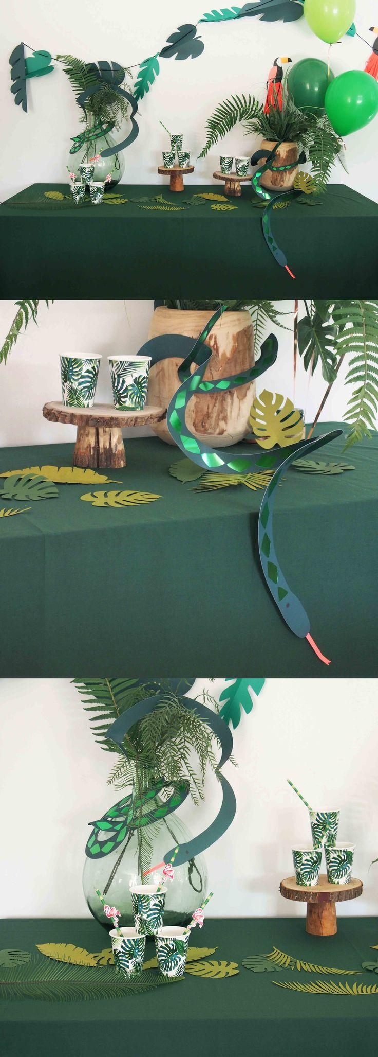 Nappe vert forêt pour dresser une table d'anniversaire sur un thème jungle ou …