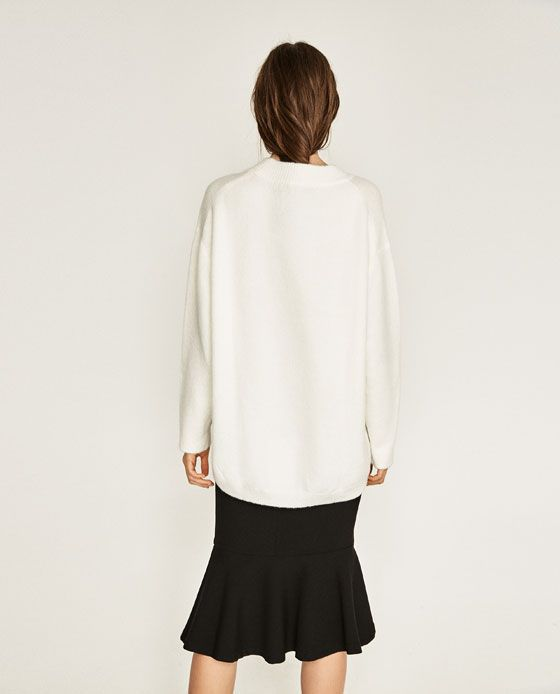 Image 3 of SOFT OVERSIZED SWEATER from Zara