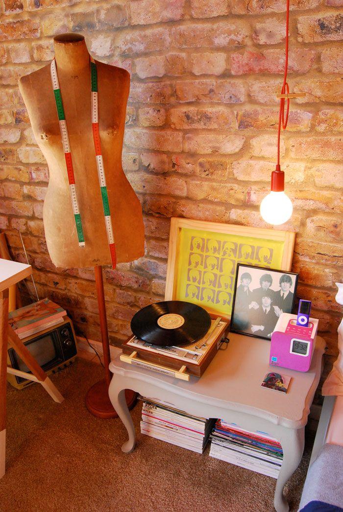 manequim - moulage - vitrola - luminária - fio - Beatles - decor - Nuta