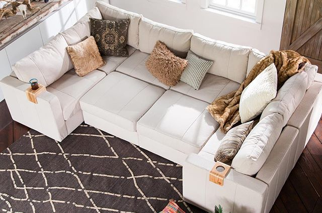 The Moon Pit (8 Seats + 10 Sides) is one of our most popular setups that allows for an endless number of other configurations. Infinitely changeable, shown here covered in Adobe Weave from the Limited Edition Native Collection. #lovesac #sactionals