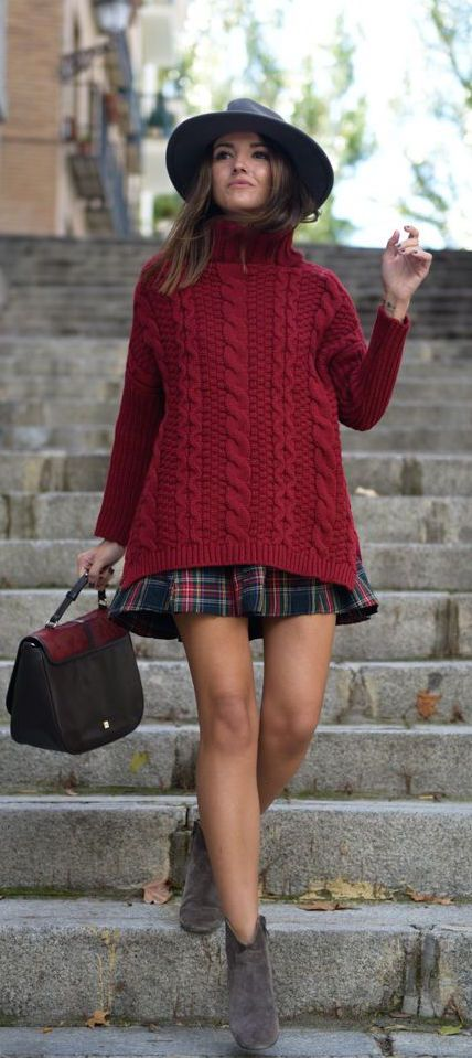 #fall #fashion / red turtleneck knit