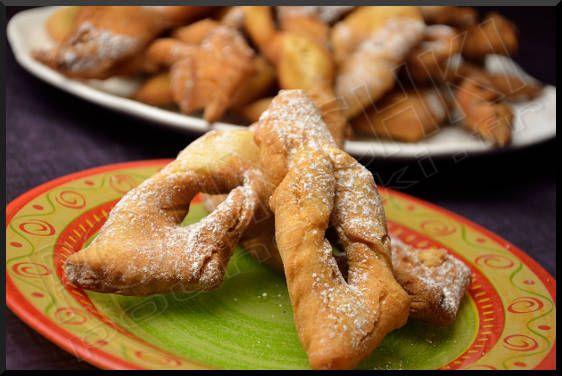 Les faworki de délicieux beignets polonais, que l'on mange durant carnaval