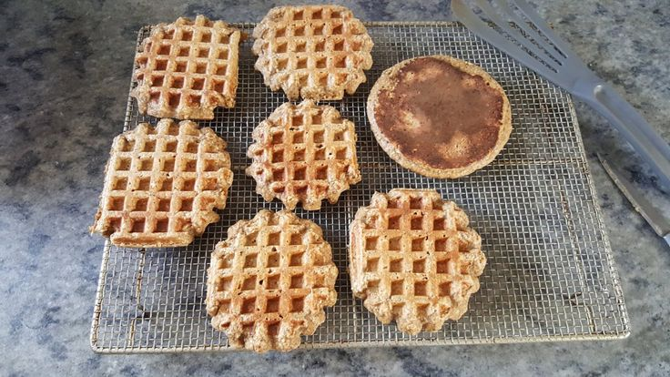 Ya les conté en otro post sobre los beneficios de la avena con una receta de waffles veganos. Hoy la receta va a ser no vegana, muy equilibrada entre proteínas, hidratos y grasas, y sin harina. Con…