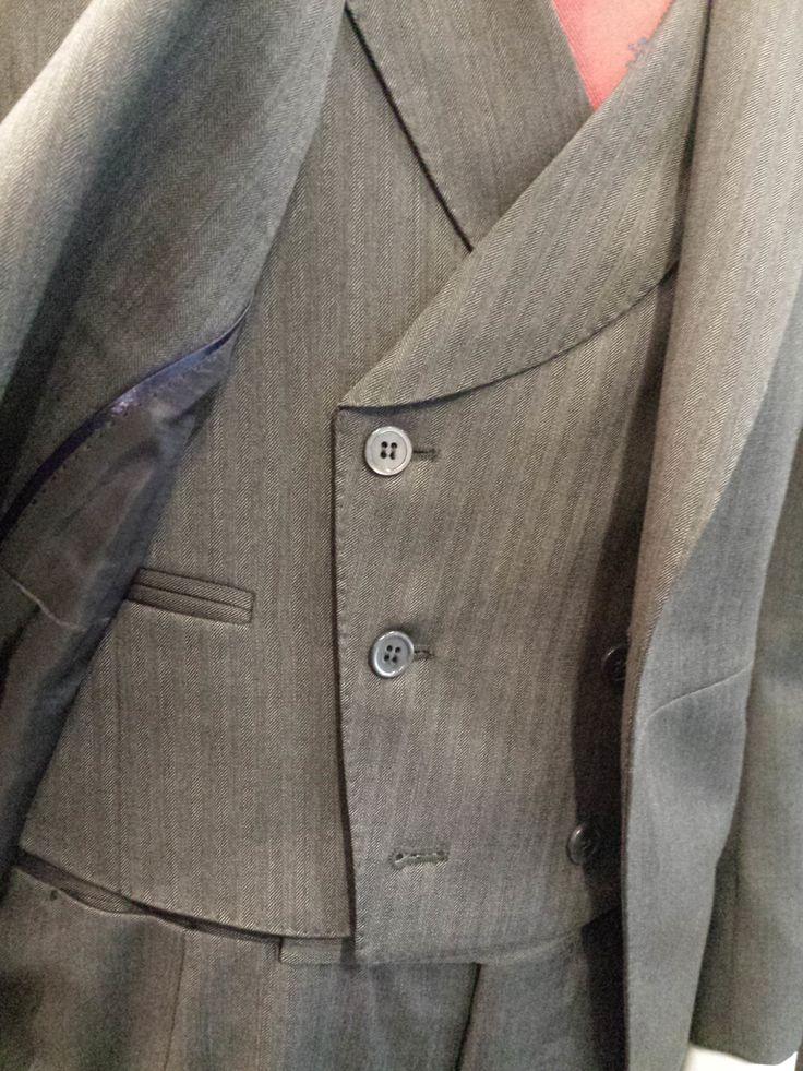 Chaqué gris con chaleco a juego Scalpers #chaque#scalpers#novios 2015