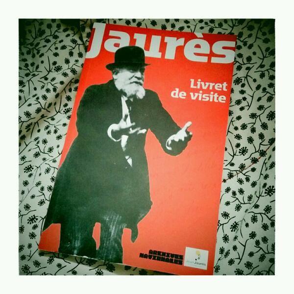"""@Omer Pesquer : """"#jaures2014 le livret de visite de 100 pages (195 notices)"""" http://pic.twitter.com/kRq5OiByS5"""