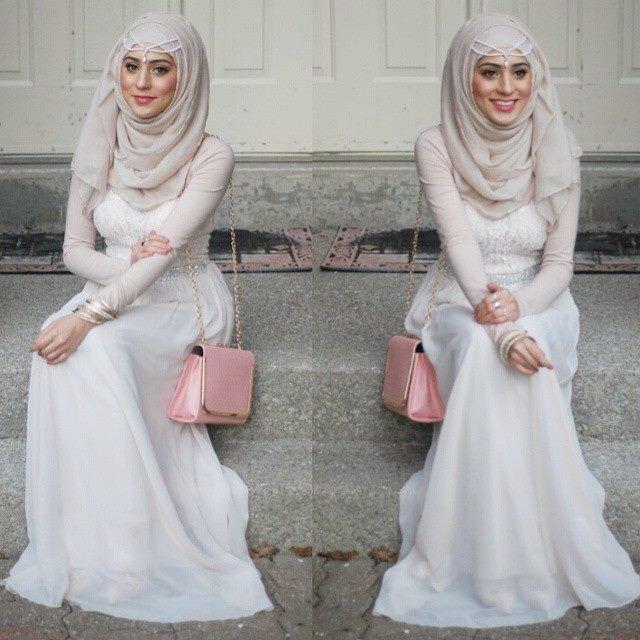 Modest street hijab fashion http://www.justtrendygirls.com/modest-street-hijab-fashion/