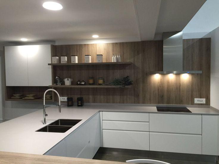 255 best cocinas con campanas pando images on pinterest - Campanas extractoras diseno ...