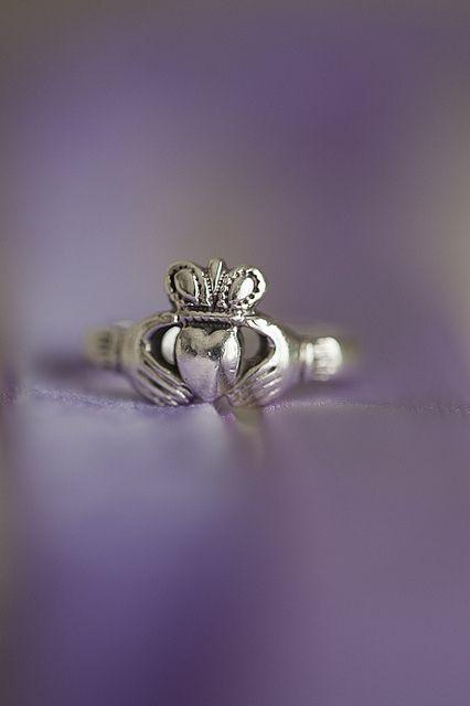Romantic Wedding Details by Dallas Curow, via Flickr