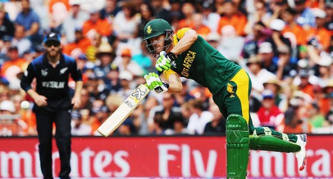 1st Semi-Finals: Anderson removes Rossouw, breaks steady partnership |<a href ='http://cric.newsnation.in/cricket/2529/SA+Vs+NZ/Scorecard.html?lsc==' target='_blank' style='color:red;'>Live Score</a>