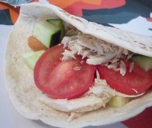 Slow Cooker Chicken Pita Recipe will become a family favorite.  www.madamedeals.com