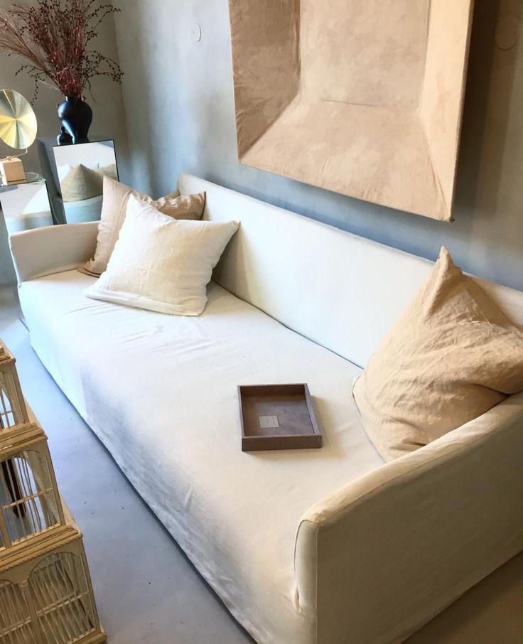 Perspective studio Linne soffa beige vit