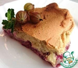 Простой бисквитный пирог с крыжовником