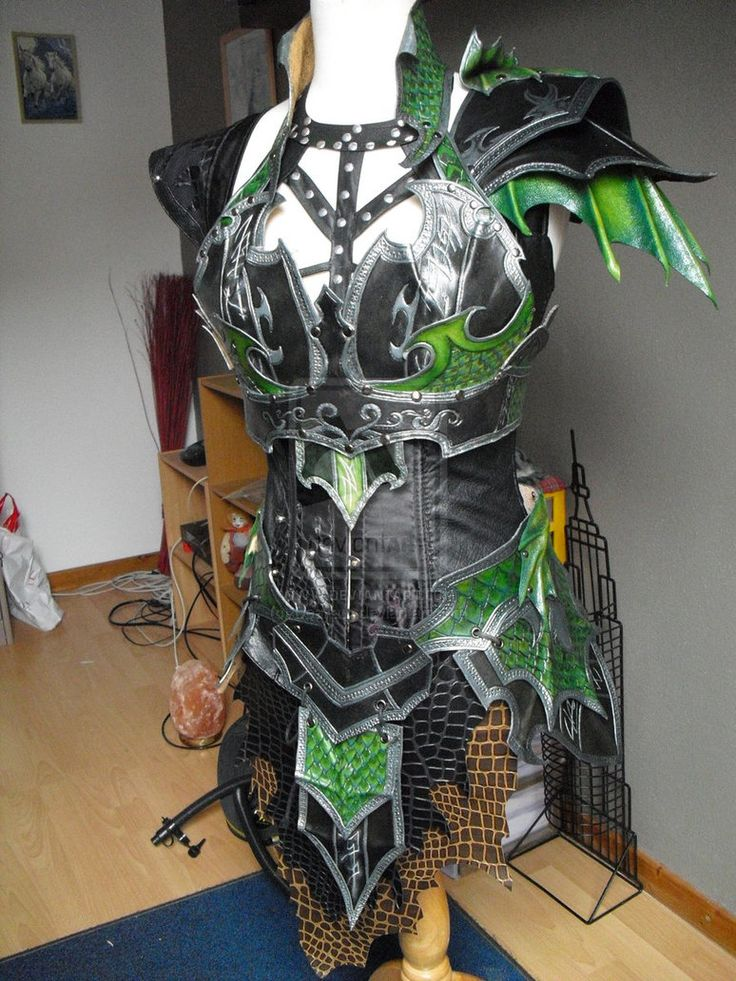 druchii female armor and the costume (unfinish) 2 by Deakath on DeviantArt