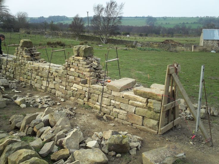 dry stone wall | ... Dry Stone Walling Association Intermediate Level) in Dry Stone Walling