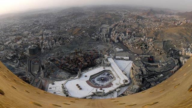 世界中の超高層ビル、テッペンからの絶景で気分スカっとさせようぜ!