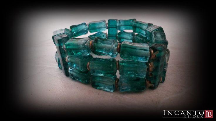 .e anche i braccialetti in vetro colorato hanno il loro fascino.... Non trovate?  Solo 6 euro.
