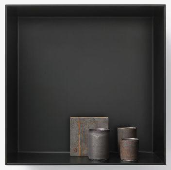 EDMUND DE WAAL, the ten thousand things, for John Cage, XX, 2015, 3 porcelain vessels and Cor-Ten steel block in aluminum box, 17 11/16 × 17 11/16 × 7 1/2 inches (45 × 45 × 19 cm) © Edmund de Waal
