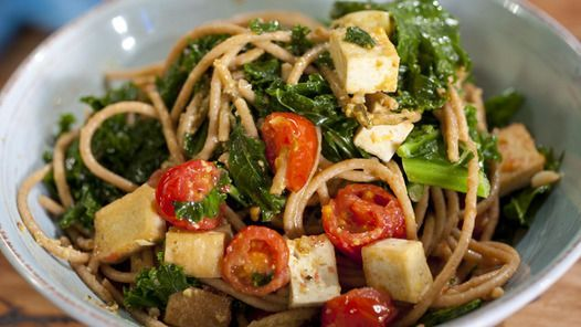 Spaghetti with Smoked Tofu and Kale (with pesto) - put lemon on the table to squeeze over if desired | Janella Purcell