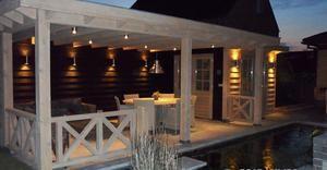 Bekijk de foto van caw met als titel Mooie veranda met berging.  Is gemaakt door van  den Berg Houtbouw   en andere inspirerende plaatjes op Welke.nl.