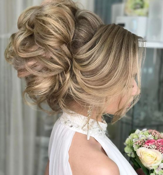 top long hair styles best 25 cinderella hairstyle ideas on 8280 | f067b29b1e8280fceb143c8060681319 wedding hairstyle inspiration hairstyle ideas