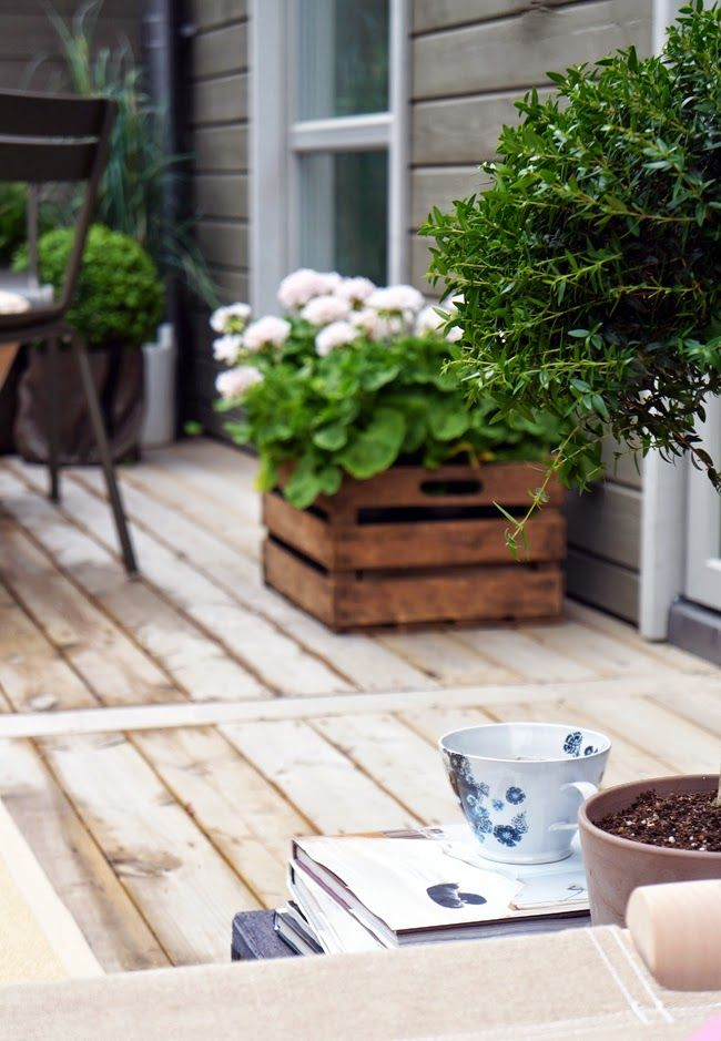 Decking and planters...Nice!