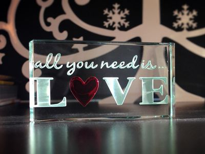 Unique and Personalised Glass Gifts for All Occasions - Spaceform  http://www.spaceform.com/about-us/blog/november-2014/starting-the-christmas-countdown
