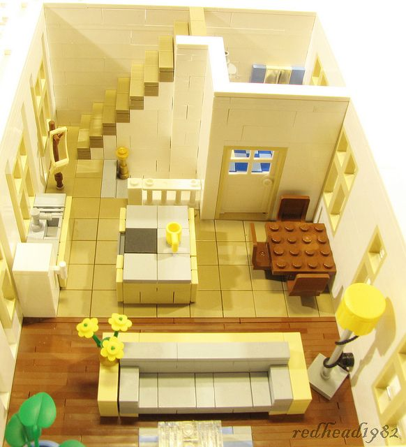 Modular LEGO Store And Appartment
