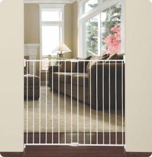 Extending Metal Gate Extra Tall & Wide by Munchkin