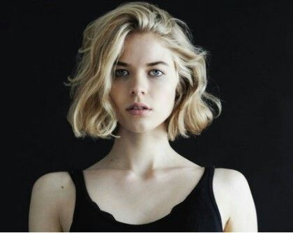 Natural thick waves for chin length bob