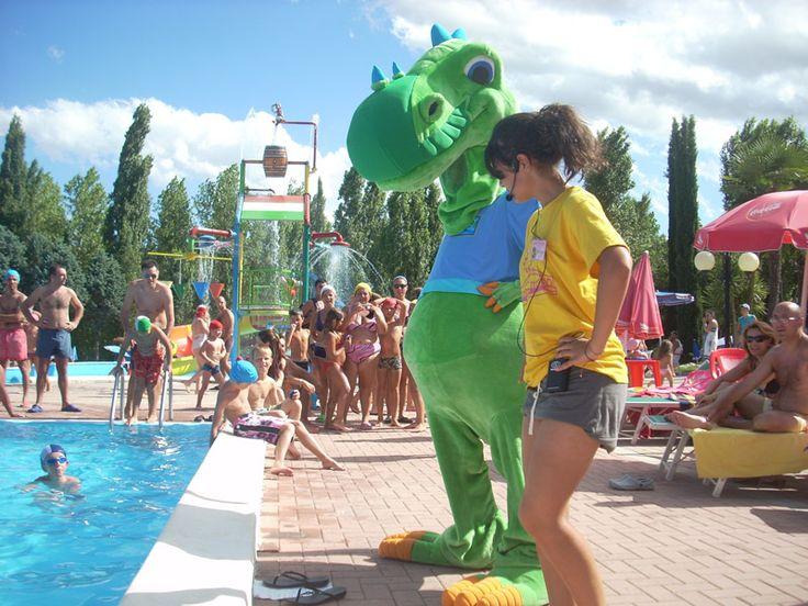 Centro Vacanze Verde Azzurro #marche #holiday #vacanza #centrovacanze #travel #viaggio #cingoli http://www.marchetourismnetwork.it/?place=nuovo-natural-village