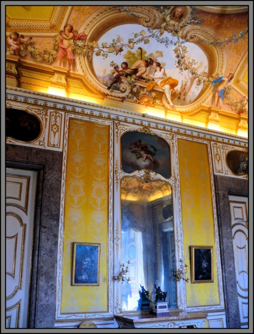 115 best images about caserta palace on pinterest - Interior designer caserta ...