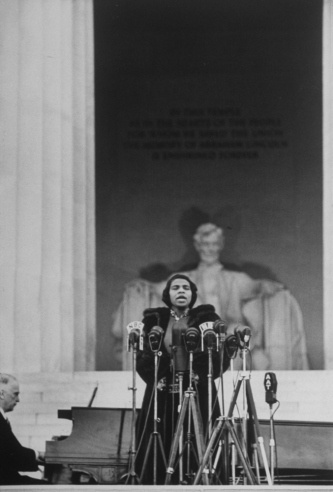"Marian Anderson (with Kosti Vehanen on piano) performs at the Lincoln Memorial, April 9, 1939. ""First Lady Eleanor Roosevelt, the NAACP, the American Federation of Teachers and others protested the DAR's refusal; and, finally, how Anderson's 1939 Easter concert marked, in many minds, a seminal moment in the American civil rights movement."""