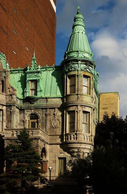 Montréal, 15 sept. 2012. Le 438, rue Sherbrooke Est. by DubyDub2009, via Flickr