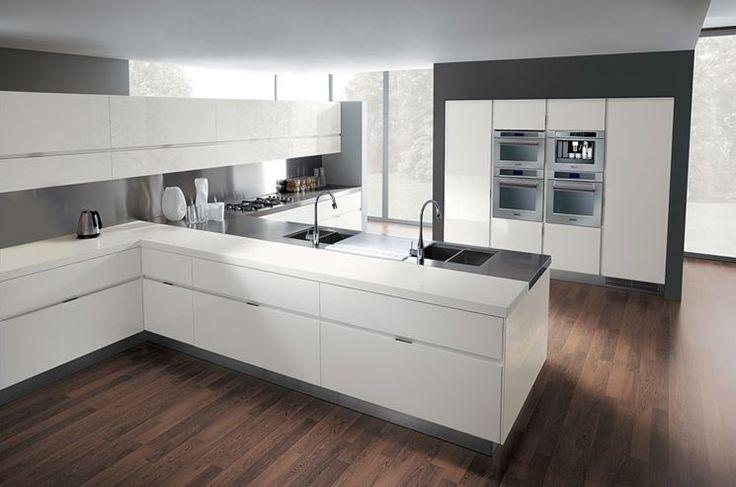 Un'eccellente qualità nel design e nei materiali ha il suo prezzo, ma quanto costano le avveniristiche cucine ernestomeda? http://www.arredamento.it/cucine-ernestomeda-prezzo.asp #cucine #ernestomeda #design #avveniristiche #eccellenza #prezzi
