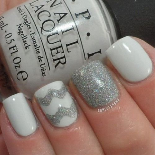 Grey winter nail art