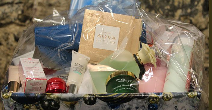 WIN A LUXURY HAMPER WORTH €250 WITH COX'S PHARMACY
