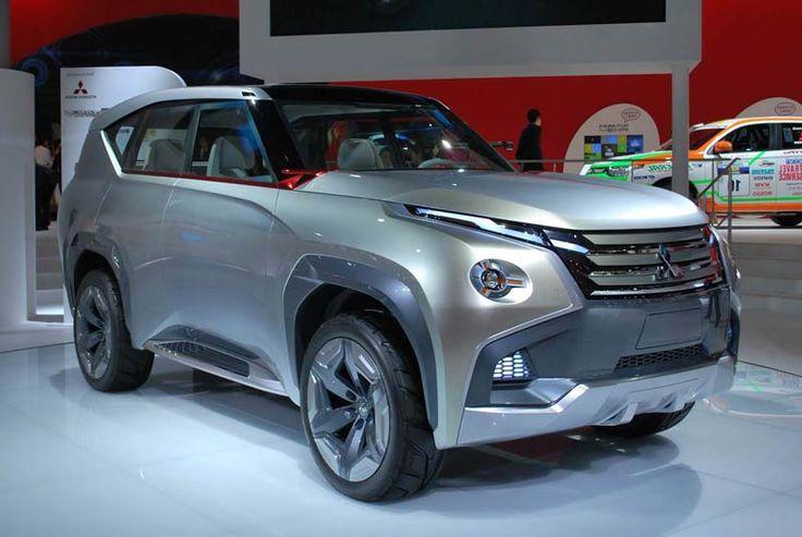 2017 Mitsubishi Montero