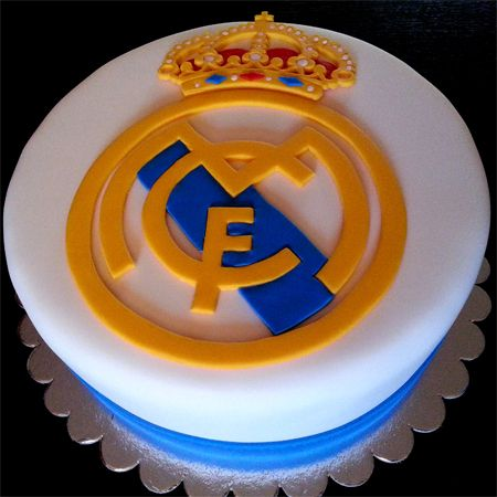 Fc real madrid cake id e d coration g teau pinterest for Decoration chambre real madrid